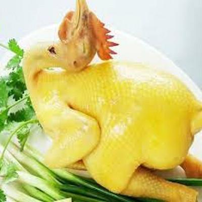 Thịt gà sạch nuôi tự nhiên