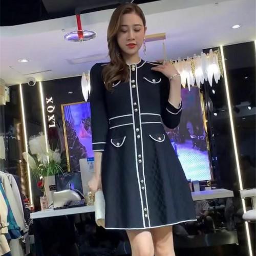 Đầm Dài Nữ Dáng Chữ A Màu Xanh Đen Có Nút Phong Cách Thanh Lịch