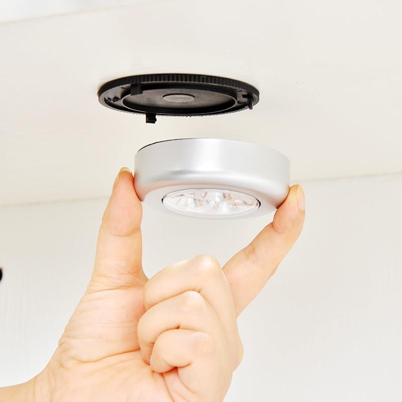 Đèn chạm cảm ứng không dây tiện lợi gắn tường/tủ/nhà bếp đa năng