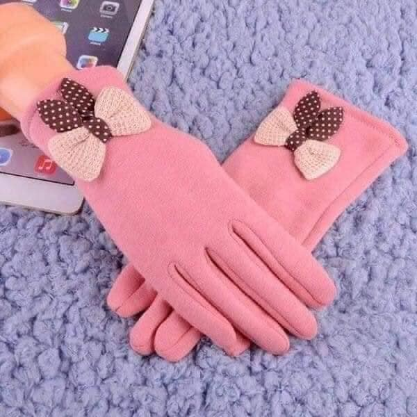 Đôi găng tay nỉ cảm ứng có nơ gắn cổ tay siêu xinh (giao màu ngẫu nhiên)